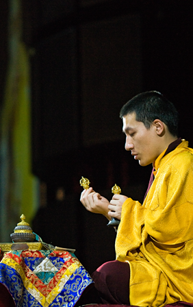 The 17th Karmapa Trinley Thaye Dorje conducting an empowerment
